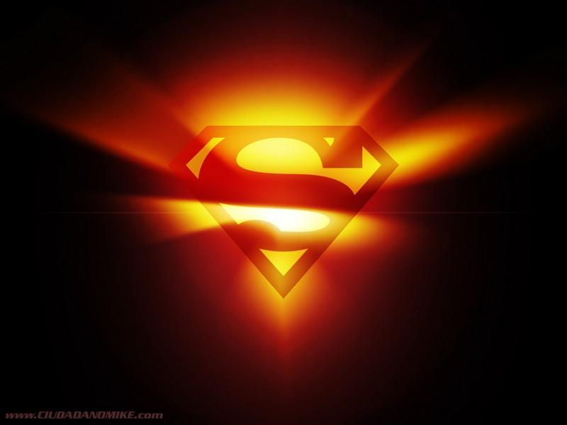 Superman à mon service jour et nuit